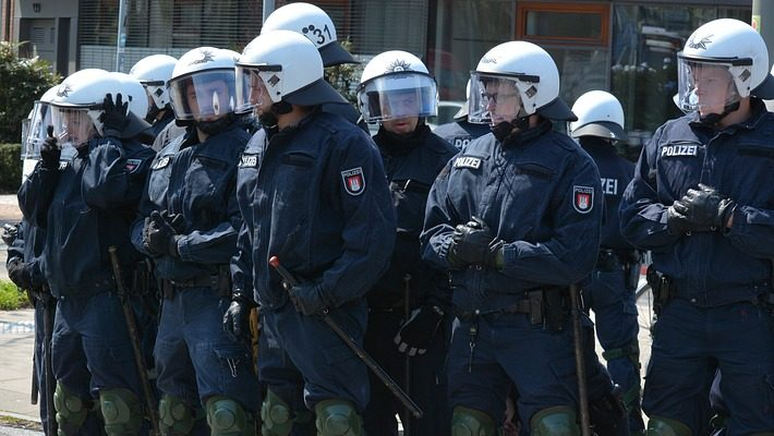 police-hamburg-1399969_960_720