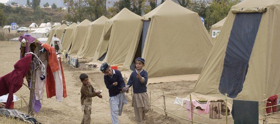 refugee-camp-shinkiari-81770_960_720