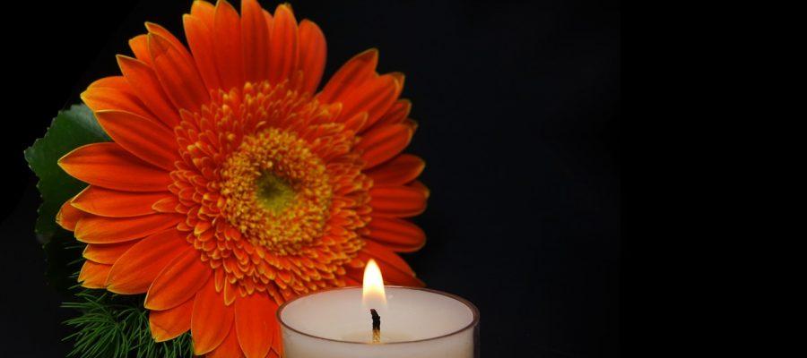 candle-453800_1280