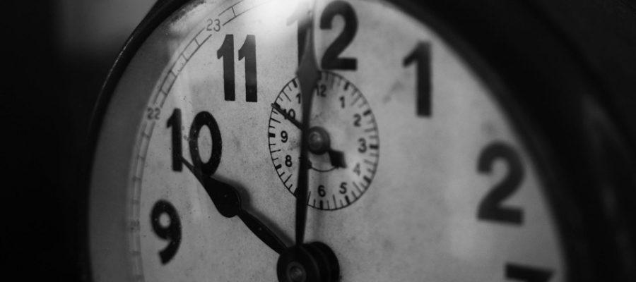 clock-1031503_960_720-uhr